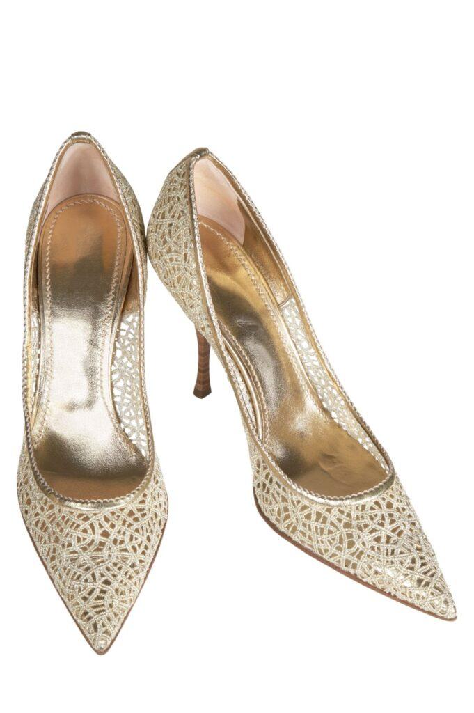 Női áttört cipő - magas vagy lapos sarkú az ideális?