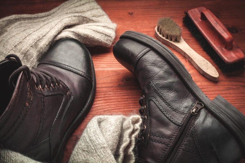 Hogyan kell ápolni bőrcipőt télen? - A téli csizma tisztítása és vízhatlanítása