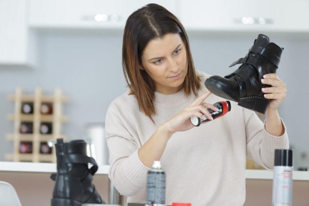 Milyen házi praktikákkal távolíthatók el cipőnkből a kellemetlen szagok?